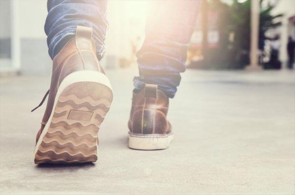 Semelles pour les chaussures sportswear et chaussures de sécurité